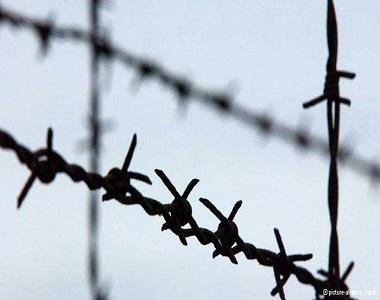 Chief of Zabol Prison Broke the only Leg of a War Veteran